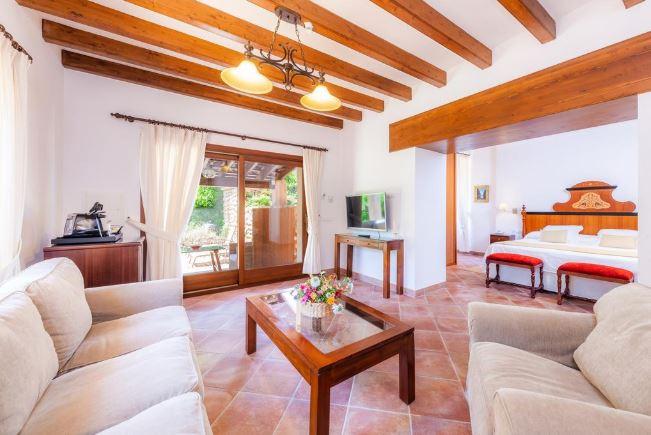 hoteles rurales con encanto mallorca finca ca´s curial adults only